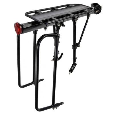 Nosič na bicykel 26-29 - hliníkový Pod sedlo s pripevnením na rám Čierny